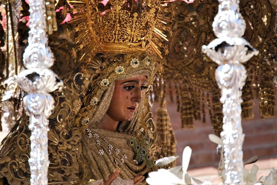 La Esperanza de Triana, procesionando en 2019 J.M. PAGADOR