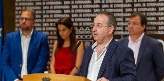 Cimarro y los responsables políticos del Festival, pendientes de la demanda de SEDA. JUNTAEX