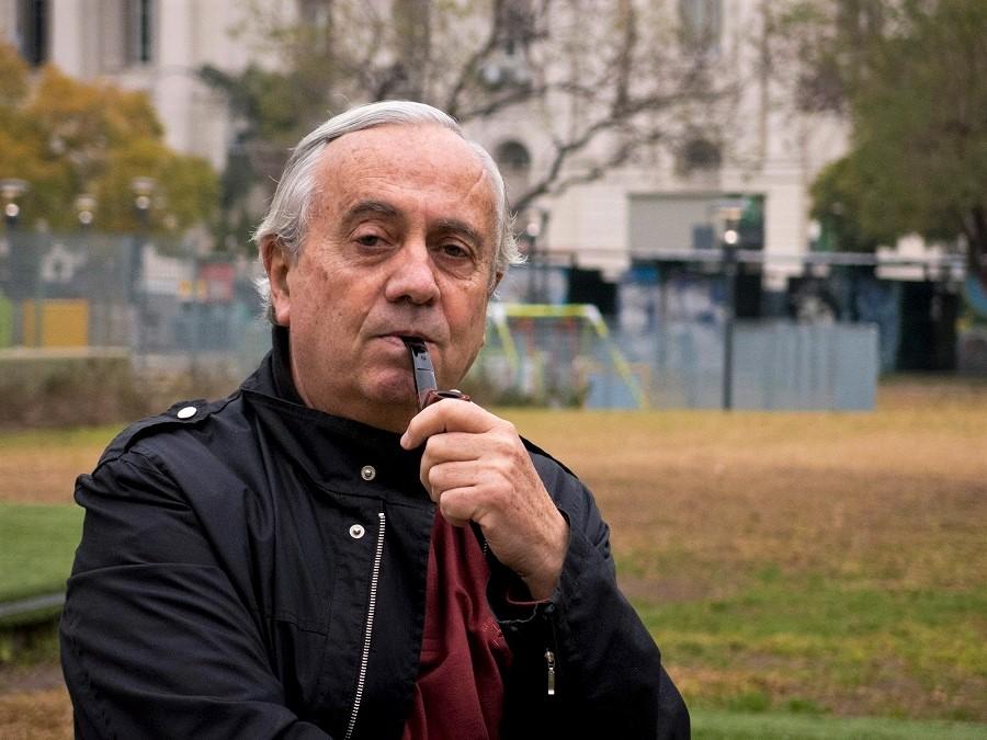 El gran poeta argentino Carlos Penelas.