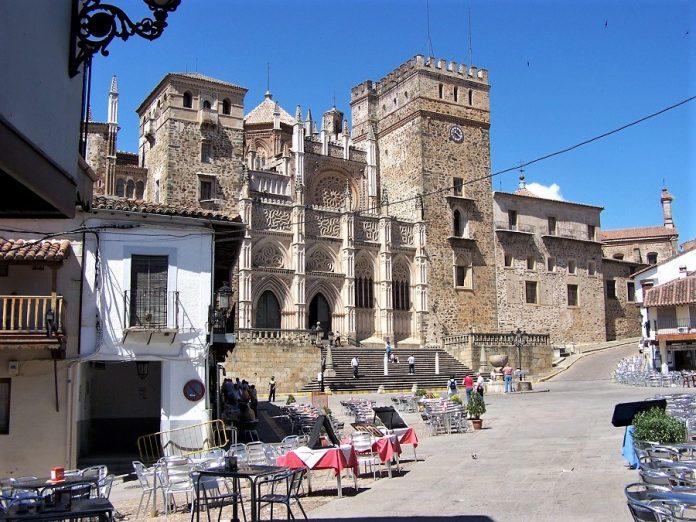 Guadalupe, en Extremadura. El mundo rural ofrece mil opciones. J.M. PAGADOR