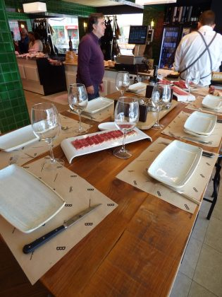 La mesa de catas. J.M. PAGADOR