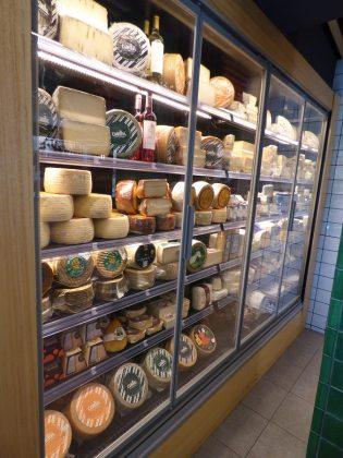 Una infinita variedad de quesos. J.M. PAGADOR