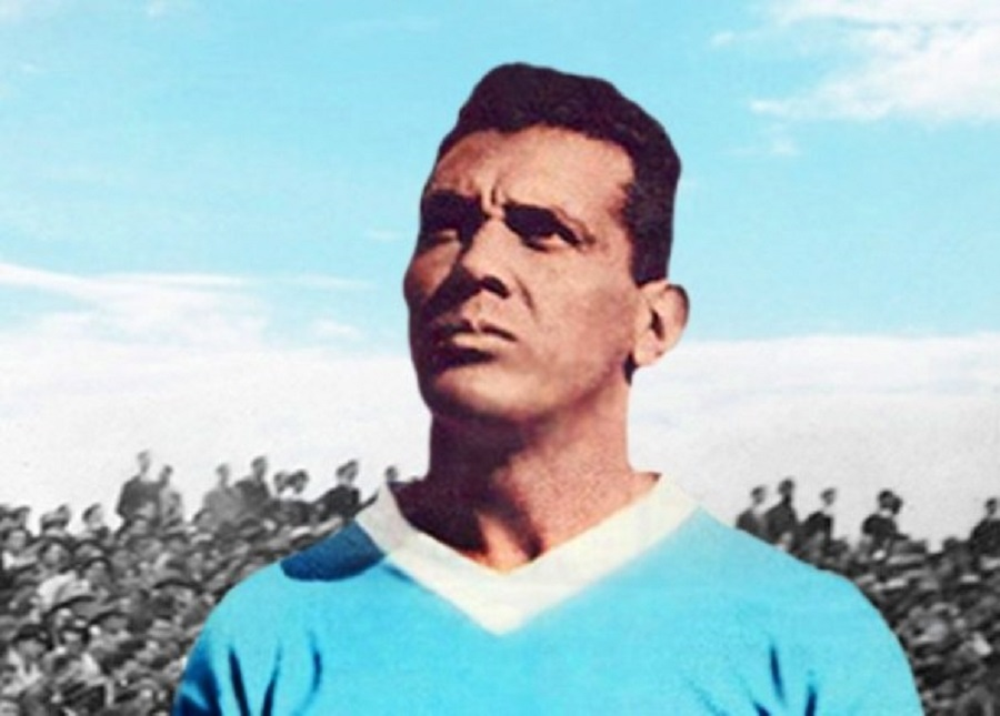 Obdulio Varela, capitán de Uruguay y estrella del partido.