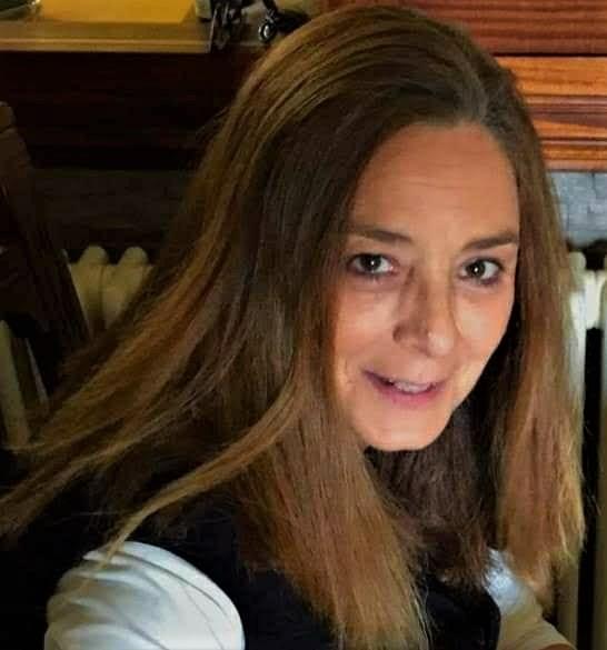 Ángela Urbina Gregorio, jardinera de su propio jardin, rosalista y fotógrafa. PROPRONEWS