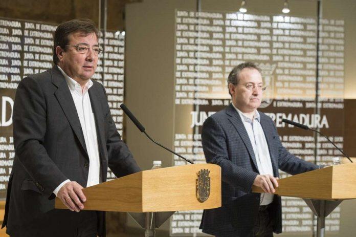 El presidente extremeño respaldó a Cimarro desde el primer momento, avalando la poco socialista privatización del Festival. JUNTAEX