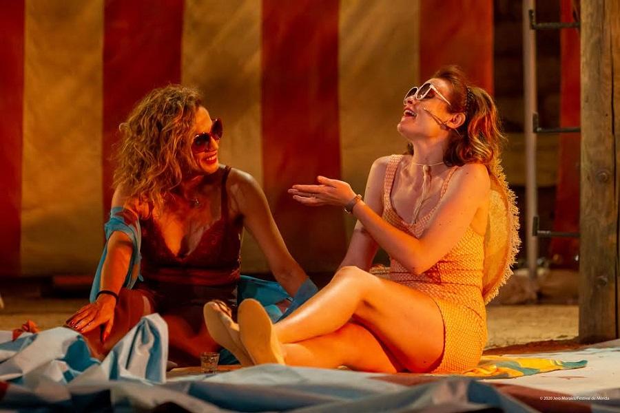 """""""Anfitrión"""". Y dicen que esto es teatro clásico grecolatino. JUNTAEX"""