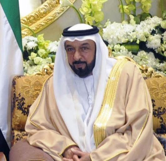 El emir propietario del yate tiene una fortuna de 18.000 millones de dólares.