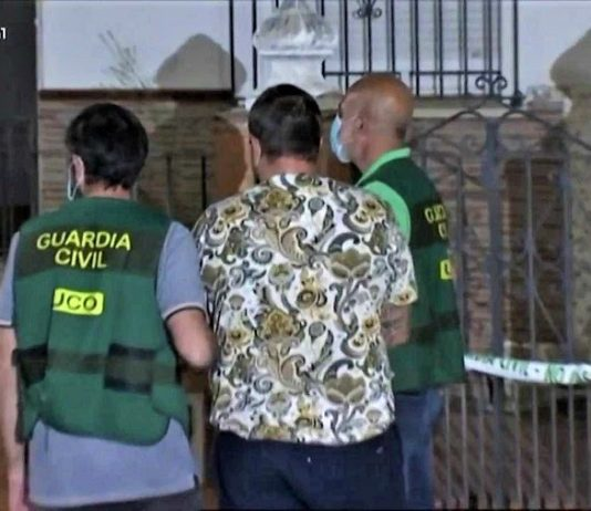 Él ha confesado que la mató, pero ciertos periodistas culpabilizan a la víctima. RTVE