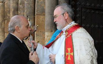 Un ministro muy católico, pero muy poco ejemplar. MINISTERIO DEL INTERIOR