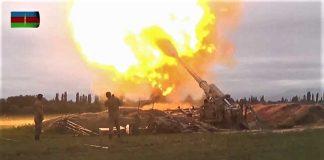Es una guerra despiadada. Imagen de la TV azerí del ataque contra el enclave armenio.
