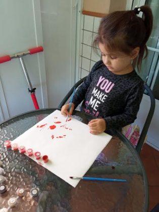 El proceso creativo, 1. Ella sigue un plan desde el esbozo inicial... PROPRONEWS