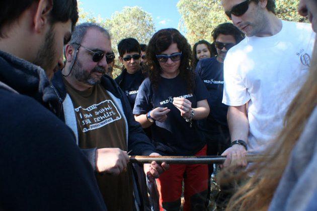 Jornada de campo con alumnos de la Falcultad de Biología en la Finca La Corza, cerca de Almadén de la Plata (Sevilla, 2013).