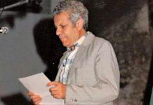 El poeta Manuel Pacheco, en una lectura literaria sin datar.