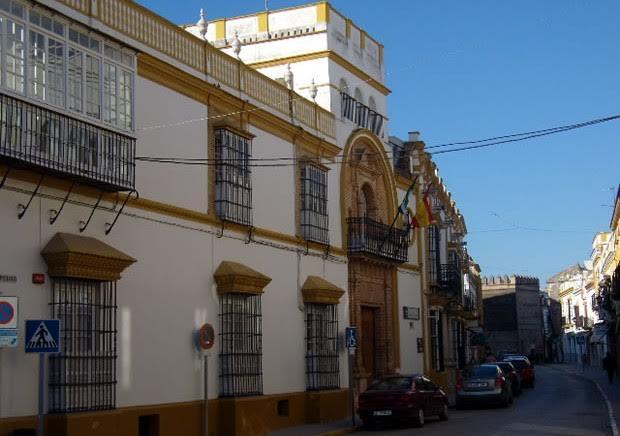Este bello edificio de Marchena alberga la Escuela de Hostelería promovida por el cocinero.