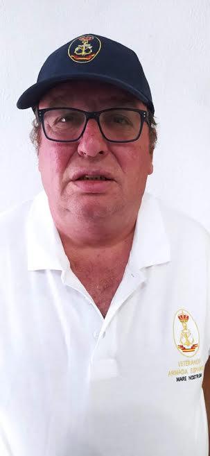 Javier es veterano de la Armada.