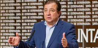 El asunto afecta ya a su crédito personal como presidente de la Junta y máximo responsable del Festival. RTVE