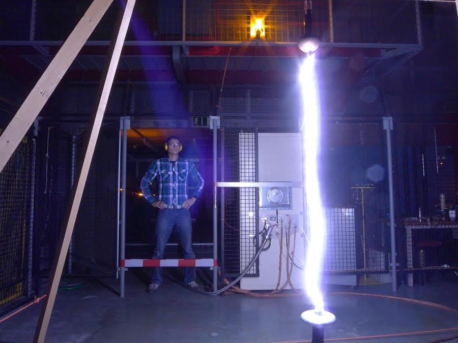 Estudio de rayos durante un experimento de laboratorio en la Universidad de Bergen (Noruega).