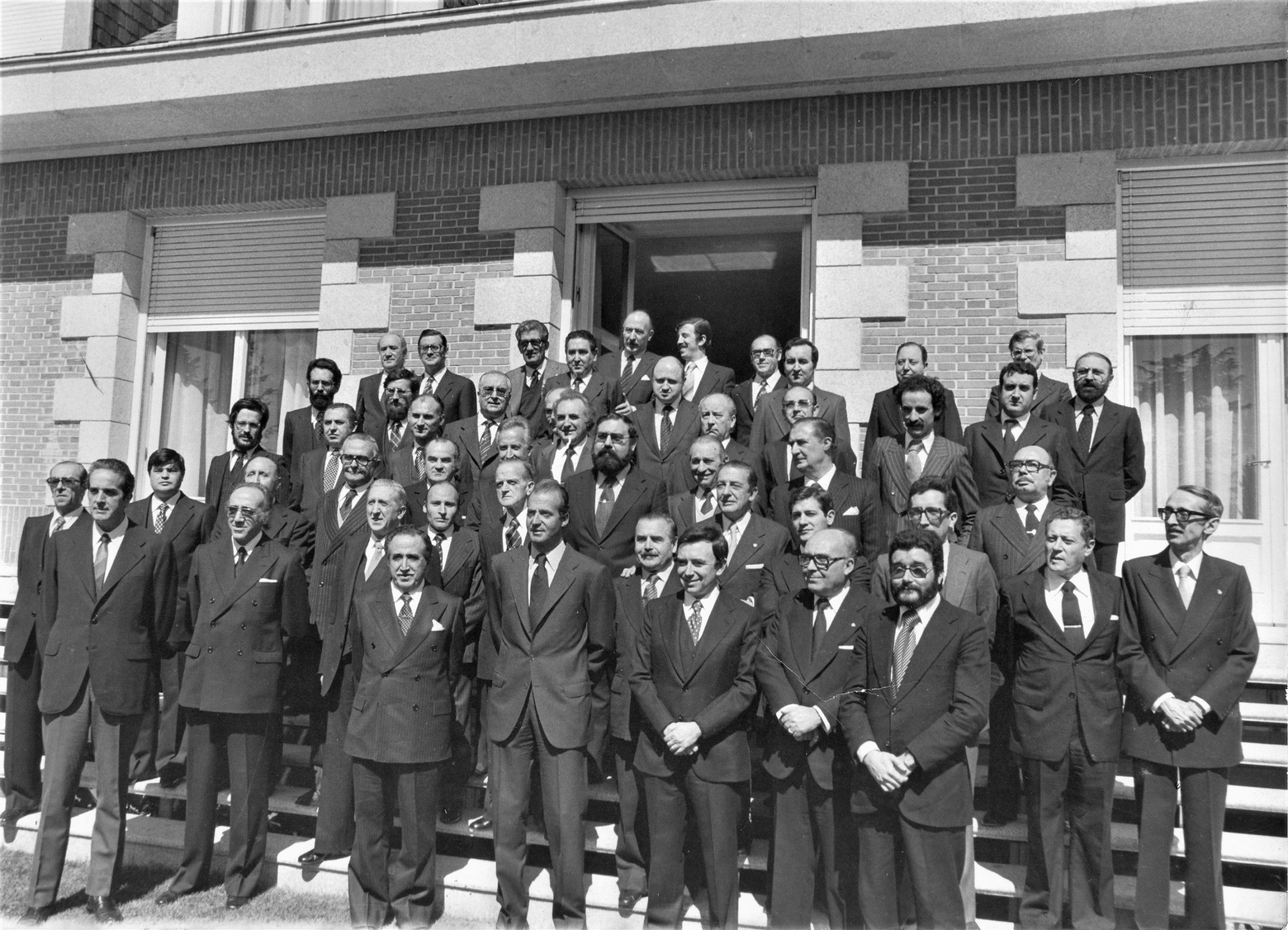 Los presidentes de la prensa de España, con el rey, en Zarzuela. Yo soy el de barbas, arriba a la izquierda. ARCHIVO J.M. PAGADOR