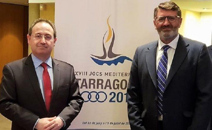 Jesús Cimarro (i) y el director gerente del Consorcio, que tantas pegas pone a sus competidores. JUNTAEX