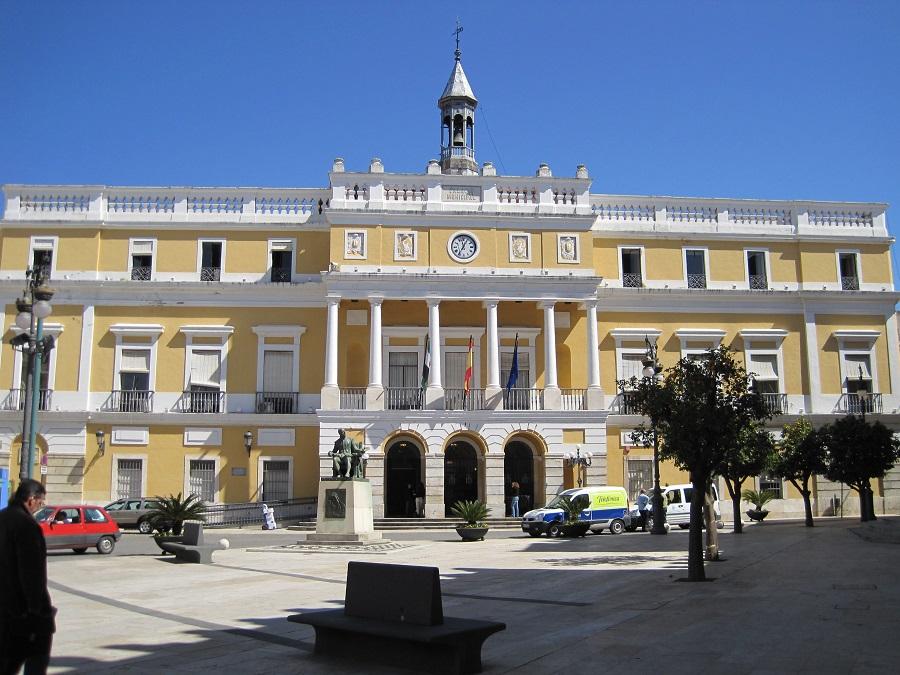 El consenso entre administraciones, el Ayuntamiento entre ellas, va a permitir la recuperación del casco histórico. J.M. PAGADOR
