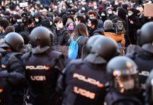 Los terroristas pueden aprovechar las manifestaciones para atacar a los agentes. RTVE