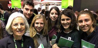 Mujeres y jóvenes, ese es el futuro. RTVE