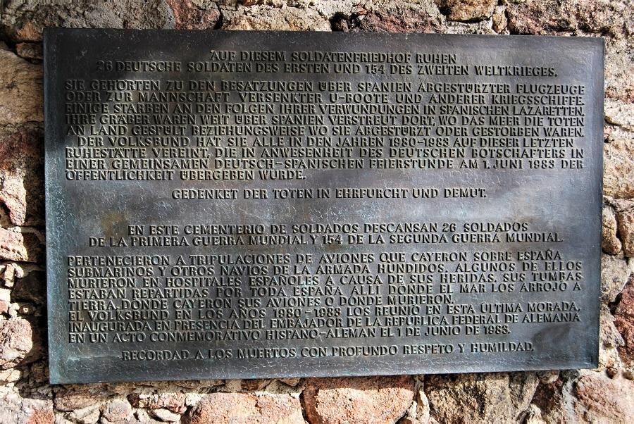 Placa del cementerio alemán de Cuacos de Yuste. J.M. PAGADOR