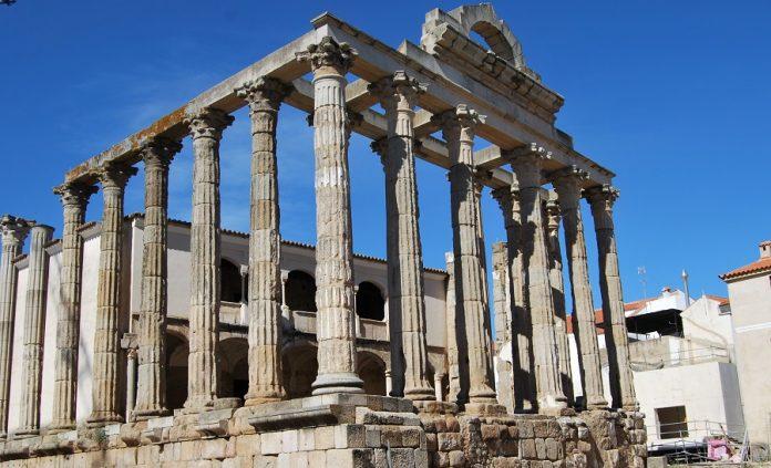 Templo de Diana en Mérida. J.M. PAGADOR