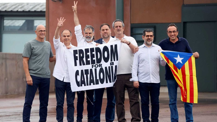 El escarnio de los presos a la salida de la cárcel, un insulto a la ciudadanía española. RTVE