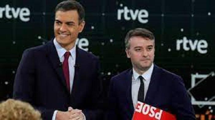 El presidente ha cesado a su jefe de Gabinete por haberse convertido en una rémora perjudicial. RTVE