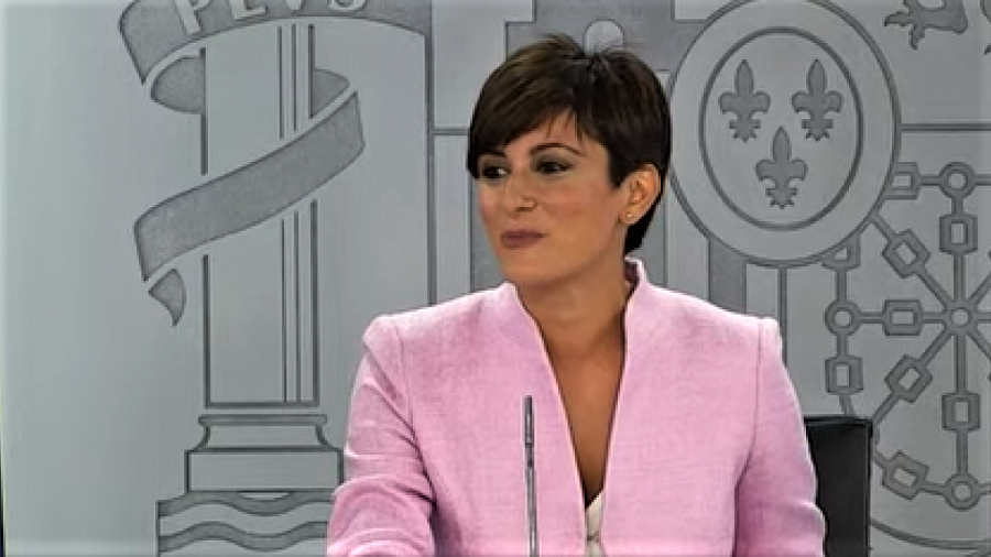 La nueva portavoz del Gobierno no es capaz de pronunciar la palabra dictadura para referirse a Cuba. RTVE