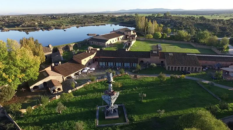 Vista aérea del complejo museístico Vostell-Malpartida.