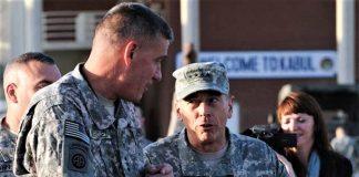 David Petraeus, a su llegada a Afganistán en 2010. Su pronóstico se ha cumplido. RTVE