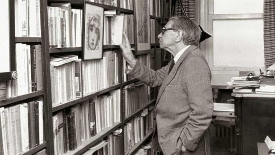 Don Gonzalo, en su biblioteca. RTVE