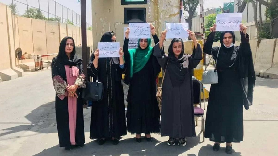 Protesta feminista contra los talibán en Kabul. PAN