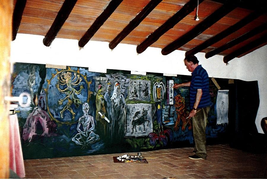 Francisco Pedraja, en su estudio, realizando su gran mural El mito de Occidente. ARCHIVO J.M. PAGADOR