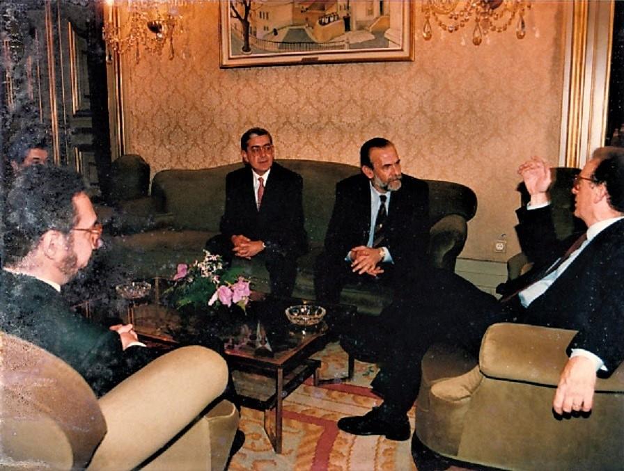 Primera reunión con Sampaio en 1994. José María Pagador es el primero por la izquierda. ARCHIVO J.M.P.