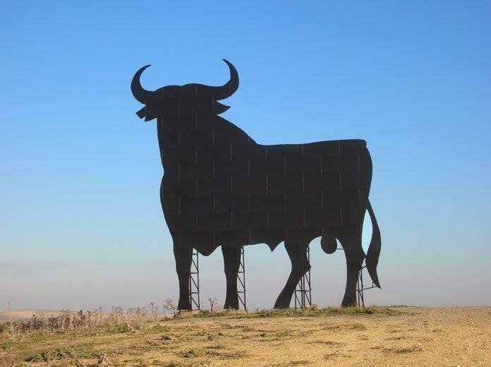 Bono cultural... menos para los toros. WIKIPEDIA
