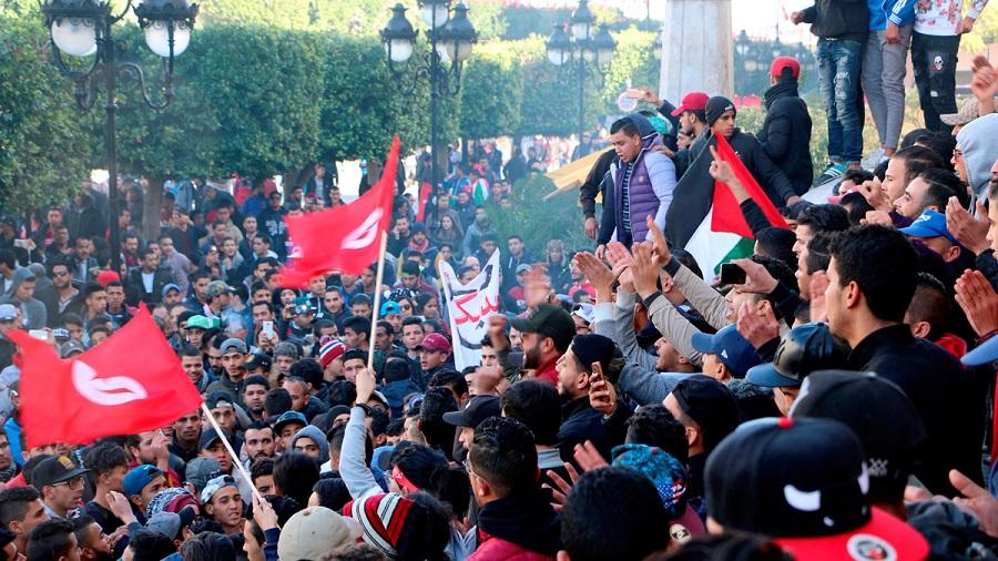 La Primavera Árabe, una revolución democratizadora frustrada. RTVE