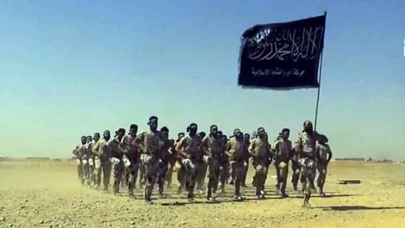 Una unidad paramilitar del llamado Estado Islámico. RTVE